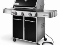 Designed to put out up to 38,000 BTUs of cooking power,