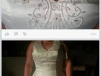 Wedding dress with all accessories and 4 bridemaids