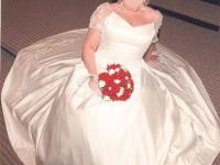 Beautiful Wedding Dress -size 12- with veil, tiara, and