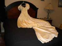 ALFRED ANGELO SATIN WEDDING DRESS SIZE 5 -
