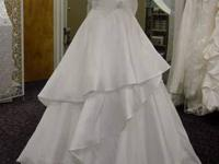 WEDDING DRESS WORN ONCE FOR 1 HOUR, JUST LIKE NEW,READY