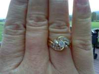 Selling ring for $600 In 1994 this ring cost $2000 Nice