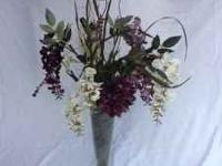I have for sale these beautiful wedding flowers and