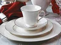 Wedgwood Signet Platinum China 5 Piece Place Setting