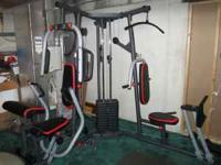 I am selling a Weider Pro 4950 workout machine. I