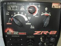 RED-D-ARC ZR8 WELDER by Lincoln Kohler Command 20