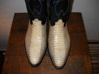 Cobra snakeskin boots in new unused health condition.