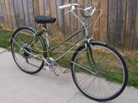 Vintage Western Flyer 5-Speed Women?s 26? Bicycle.
