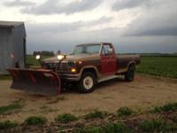1984 Ford F 350 4x4 single wheel with the more recent