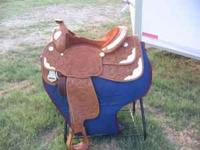 Like new Champion Turf western pleasure show saddle,
