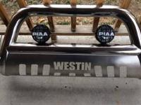 Westin bullbar for 2005 to 2011 toyota tacoma piaa