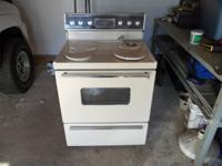 Good Working older Westinghouse Electric Stove. Price