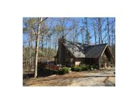 This 73.6 +/- acres recreational hunting tract is