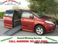 2013 Dodge Grand Caravan SXT Wheelchair Van ? Braun