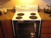 $100 OBO Up for sale is a Whirlpool Electric Stove