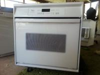 Nice Whirlpool oven clean and works perfect White color