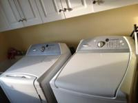Whirlpool washer and dryer - minimally used.