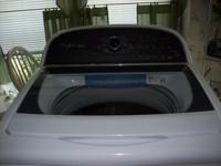 LIKE NEW! EXCELLENT CONDITION!! Whirlpool Cabrio Washer