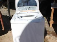 Whirlpool Cabrio Large Capacity Washing Machine. Works