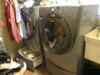 Whirlpool washer and dryer. excellent Condition! With