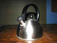 1-qt whistling tea kettle with lid that comes off for