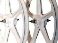 White 5 spoke fixie rims for sale real nice brand new