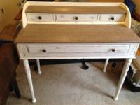 White distressed desk in great condition with lots of