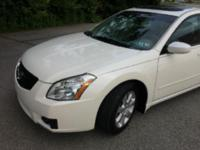 Selling my 2008 Nissan Maxima v6 3.5 Liter Automatic 4