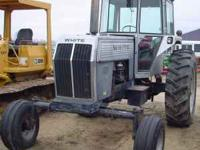 WHITE FIELD BOSS 2-105 Nice running tractor!! 18.4 x 38