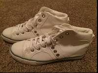 I am offering BRAND NEW, never ever worn, white high