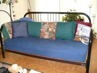 Super Sweet little bed! Every Girls dream to feel like