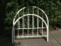 High quality metal frame in 3 pieces.  Slatted support