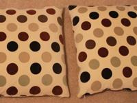 2 Pillows for Sale. Exceptional condition. Comes from