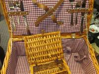 Wicker Picnic Basket With Separate Wicker Holder For 2