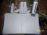 Great Chirstmas Gift Wii Console with stand, 3 controls