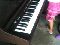 This piano is in great almost new condition, Williams
