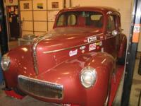 Classic Willys drag/Street automobile. SBC, Steel