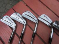 Wilson FG-51 forged blades, 2-pw, Dynamic Gold S300