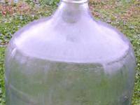 Type:Glass CarboysIt's wine making time. 5 5 gallon