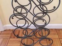 16 bottle wine rack, great for sitting on the counter