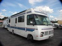 WINNEBAGO WARRIOR MOTOR HOME 29? CLASS A GM CHASSIS HWH