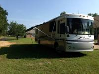 This is a SUPER CLEAN 2001 36 FT Winnebago Itasca