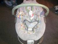Winnie-the-Pooh BOUNCY CHAIR*********VIBRATES