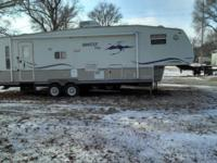 -This well kept 33 foot rv is a MUSTsee if your in the