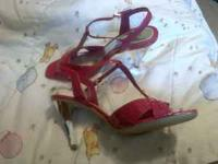 i have brand new shoes hot pink with a silver heel for