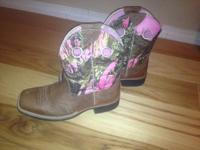 I have a pair of new ariat boots. I bought them at