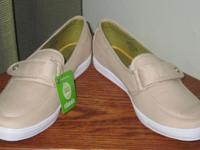 New with tags. Style is Windsor Sneaker, Size is 7 1/2