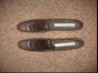 I have a pair of Predictions leather shoes size 7 for