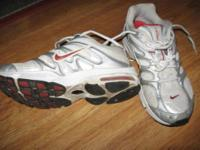 Nike Women's Air Max sneaks, size 9. Barely used as my