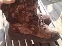 I have a pair of size 9 redhead waterproof cammo
